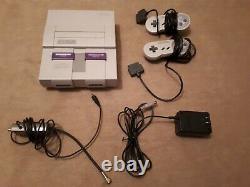 SNES Super Nintendo Donkey Kong Set CIB with 2 controllers and 12 games