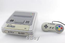 SNES / Super Nintendo Konsole mit ORIGINAL Controller, Strom & alle Kabel