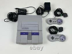 SNES Super Nintendo System Console Bundle with 2 Controllers SNS-001 Tested
