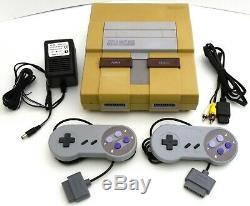 Super Nintendo Entertainment System SNES Console SNS-001 Video Game Bundle