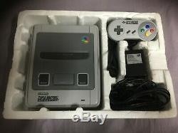 Super Nintendo Konsole in Ovp SNES Street Fighter II Action Pack ohne Spiel