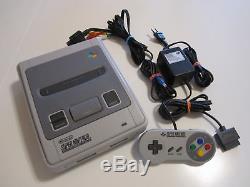 Super Nintendo SNES Konsole grau + original Controller + Kabel Guter Zustand