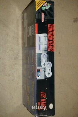 Super Nintendo SNES System Console Complete in Box with Starfox #211 GREAT Shape