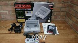 Super Nintendo Entertainment System Console, Boxed Et Travailler