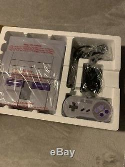 Super Nintendo Entertainment System Snes Dans Box Brand New! + Jeux Inclus