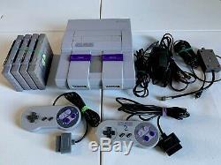 Super Nintendo Snes Console Avec 2 Contrôleurs, 4 Jeux, Commutateur Rf, Sns-001 Av Rca