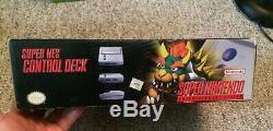 Super Nintendo Snes Système Jr Console Cib Complète Dans L'encadré Modèle 2 Belle